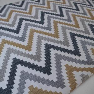 Римская штора с карнизом. Ткань Зигзаги
